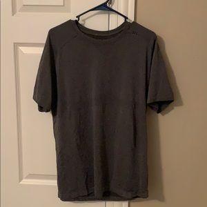 Men's Large lululemon shirt